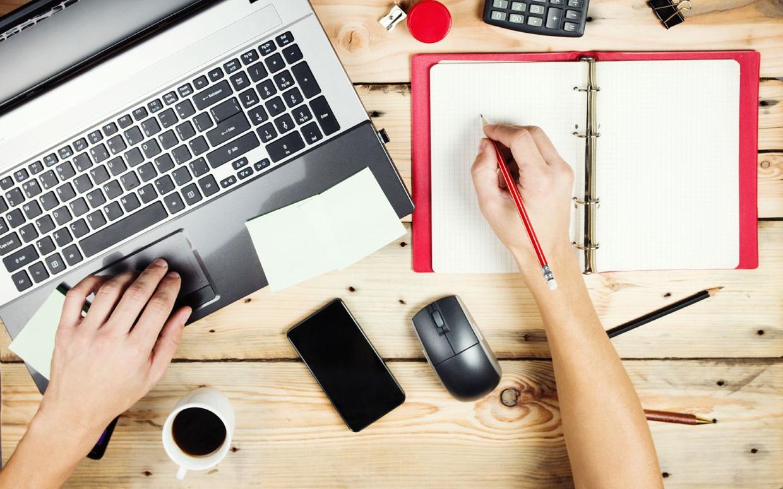 Cara Tidak Kehabisan Topik Menulis Konten
